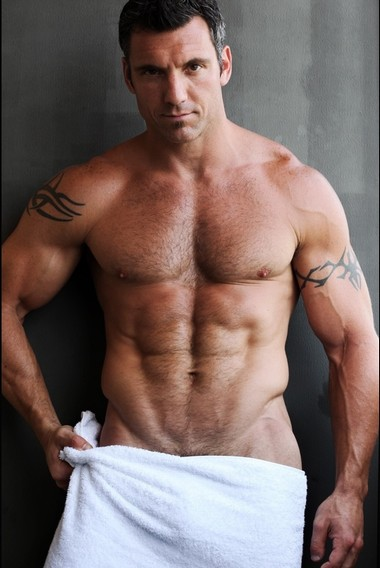 Your Hunk of the Day: Tommy Tucker